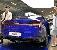 Hyundai công bố giá bán Elantra 2021: Dễ tiếp cận, dân Hàn đổ xô đặt mua, chỉ chờ ngày về Việt Nam